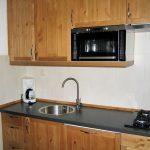 Echtholzeinbauküche für das perfekte Kocherlebnis im Ferienhaus